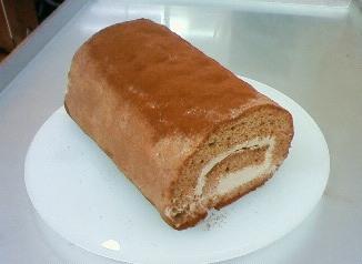 2月のロールケーキ:しっとりチョコロール